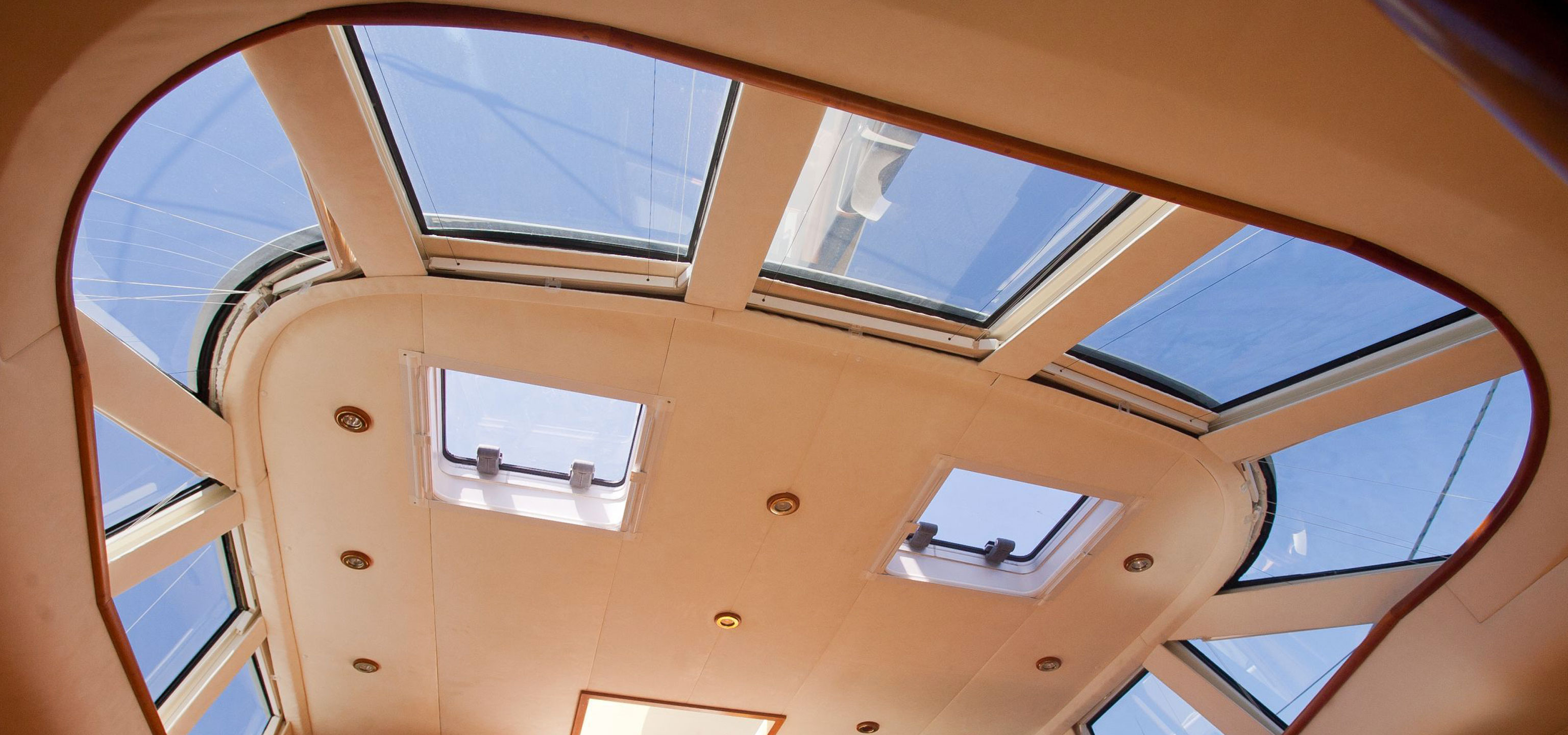 Salon Skylight